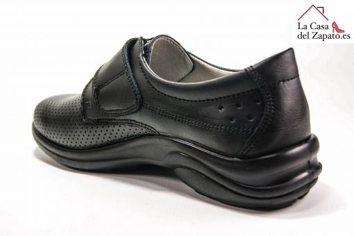 LUISETTI 0025 BERLIN Zapato profesional de color negro cerrado