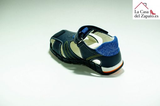 PABLOSKY 080422 Sandalia de Niño de color azul